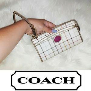 Coach   Wallet/ Wristlet